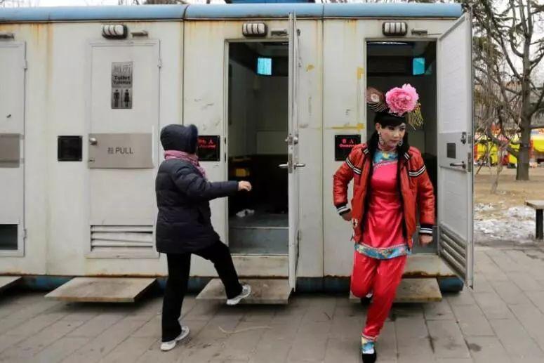 ▲为促进旅游业,中国急需升级公厕设施。(路透社)