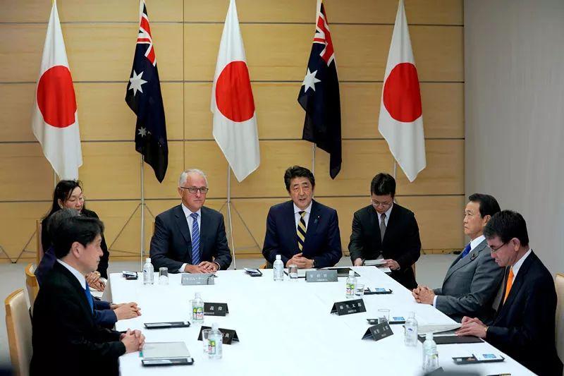 1月18日,特恩布尔参加日本国家安全保障会议。新华社/路透