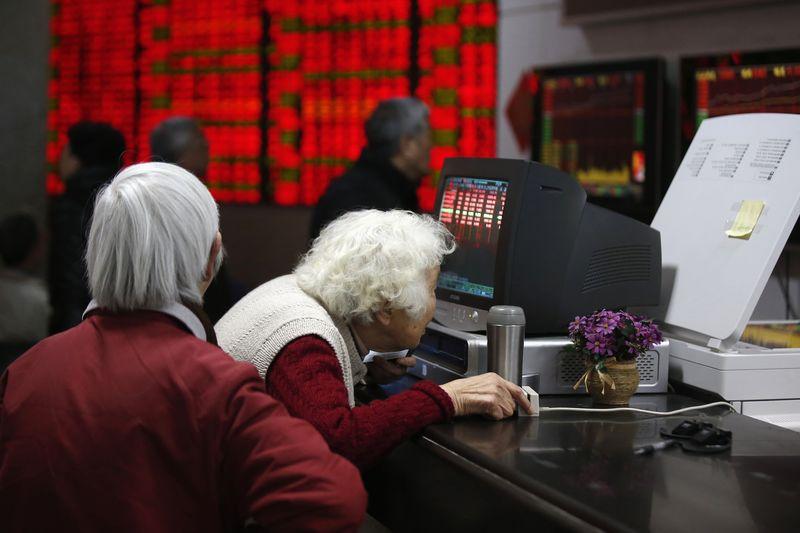 亚洲股市普遍收跌 中国联通净利润大增176.4%
