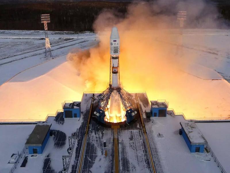 """图为""""联盟-2.1B""""运载火箭发射升空。(图片来源:独立报)"""