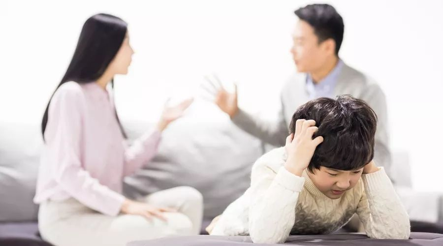 <b>那些年父母吵过的架 都浸入了孩子的灵</b>