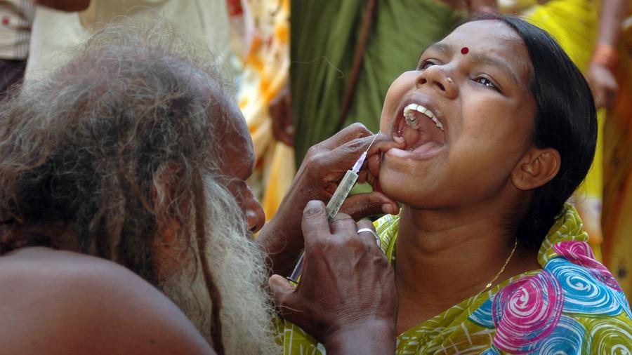 印度冒牌医生1支针管给多人注射 致33人感染艾滋