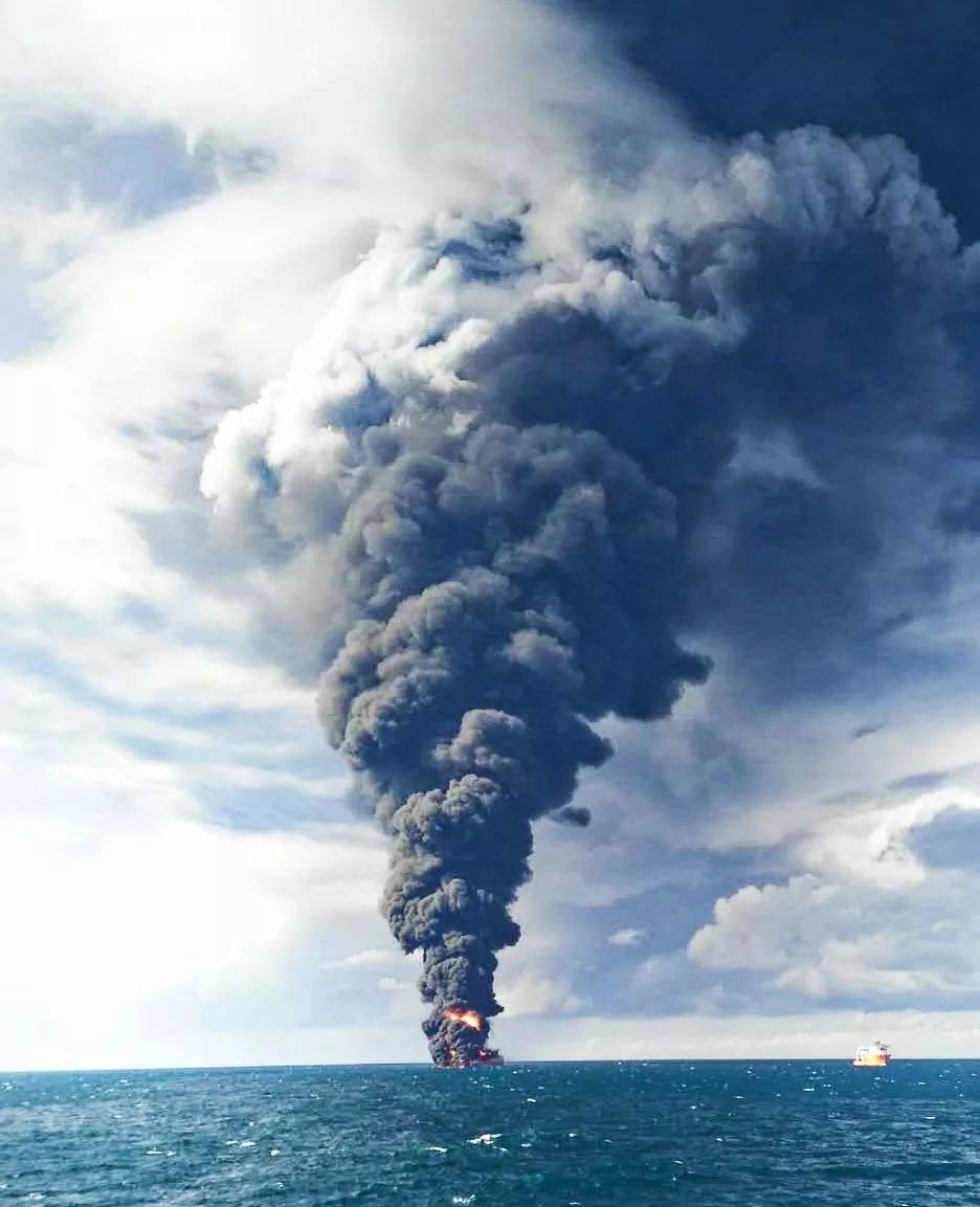 """突发丨""""桑吉""""轮发生爆燃,全船剧烈燃烧已经沉没"""