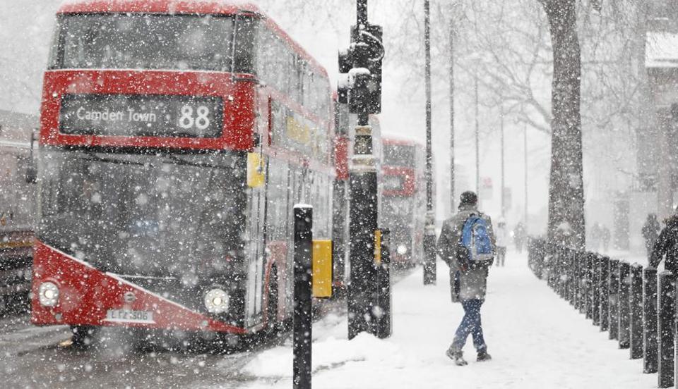 欧洲现严重暴雪持续酷寒 冻死人数升至48人