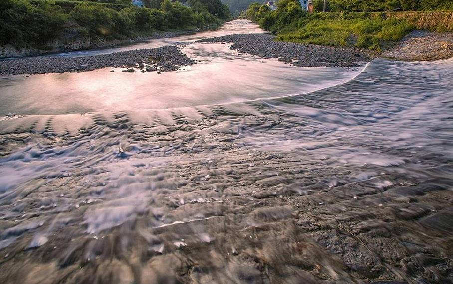 小溪 河滩