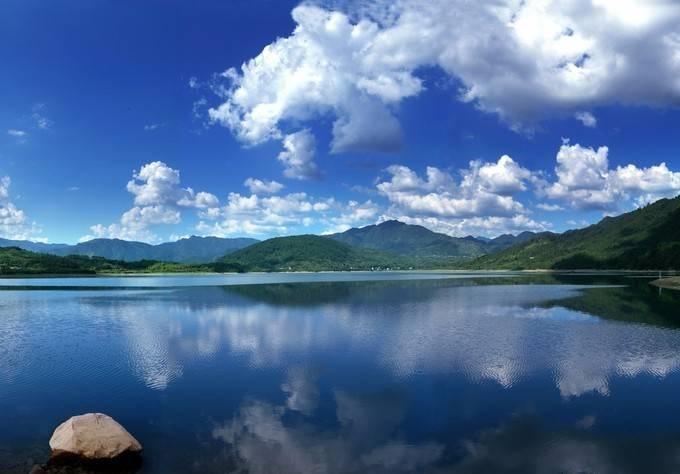 太平湖之夏  摄影:方圆