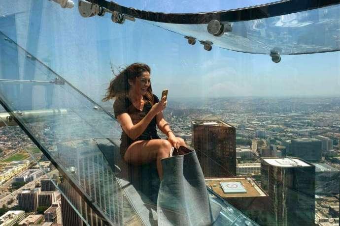 洛杉矶全透明玻璃滑梯