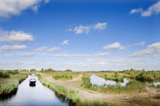 2018欧洲文化之都 有'比萨斜塔'的荷兰小城