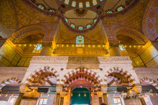 """谁说""""蓝色清真寺""""是蓝色的 我一点也没看出来"""