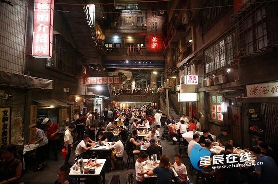 文和友老长沙龙虾馆。资料图