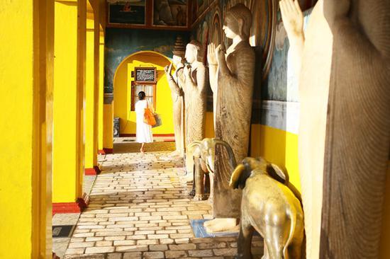 【斯里兰卡】阿努拉德普勒,锡兰最古老的佛教圣城