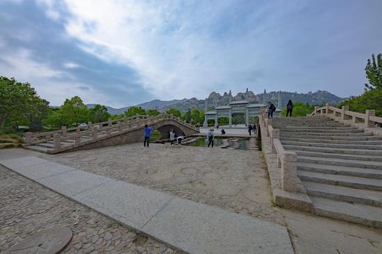 这个地方被称为华夏盆景 看看嵖岈山的鬼斧神工