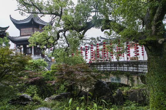 中国唯一穿汉服才能进的园林,游客打招呼以古语相称,完全穿越了