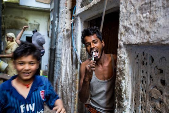 印度人为什么看起来很脏?其实他们很爱干净,并表示不服