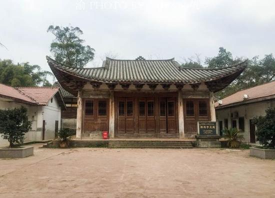 西南最古老的国宝级古建,竟然隐藏在重庆一所偏远的村小学里面