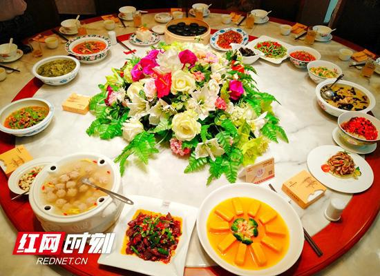 """活动将推出醴陵""""五彩瓷宴""""。"""
