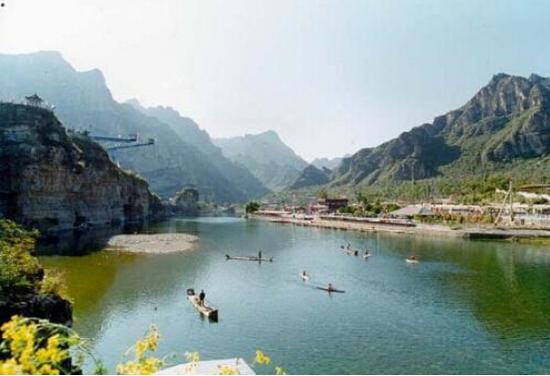 风光秀丽的龙门峡景区一角。 图片来源于网络