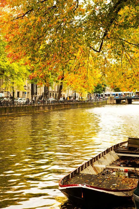 荷兰阿姆斯特丹,浮华红尘外,迷醉旧时光