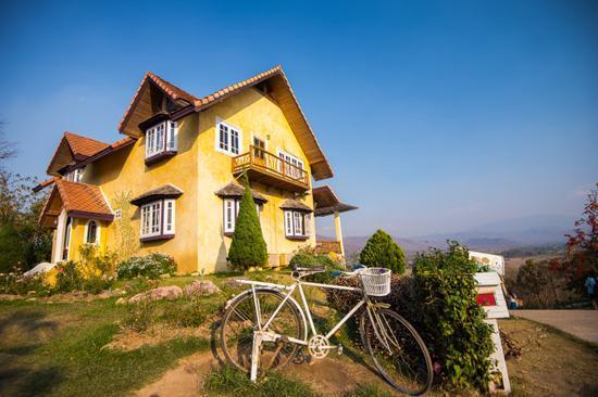黄房子咖啡馆