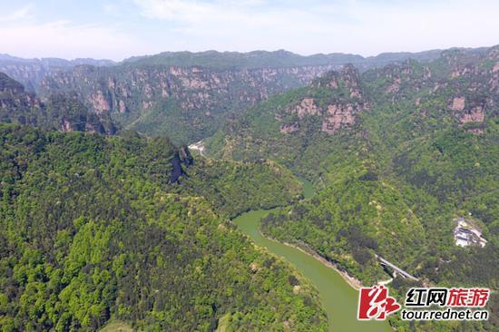 航拍的世界自然遗产湖南张家界武陵源风景区。 图均由吴勇兵 摄