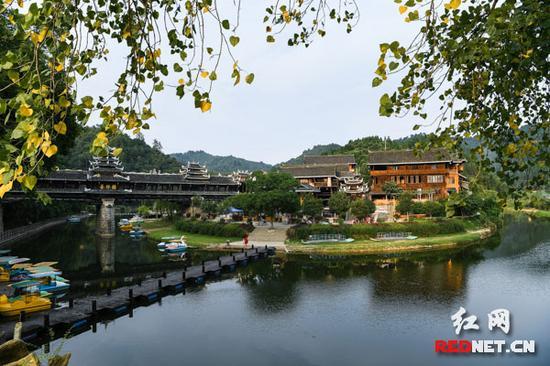 皇都侗文化村生态美景。