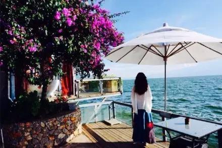 去大理洱海边等一次日出 然后去爱一个人