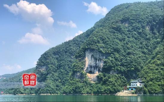 水域面积的扩大,百岛沉浮风光的凸现,使得清江长阳秀丽的山水风光更显妖娆。