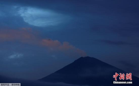 资料图:印度尼西亚巴厘岛,阿贡火山。