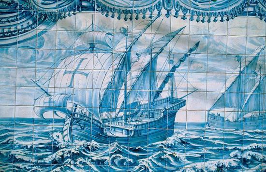 Painted tiles panel. Paco de Arcos /Credits: Jose Manue 彩色瓷板画 © Jose Manue