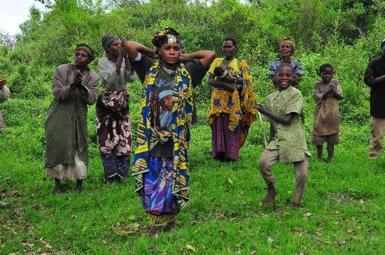巴瓦特传统舞蹈表演