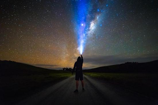 陶哈拉努伊地區公園史詩般的夜空,圖片版權:@rowannicholson
