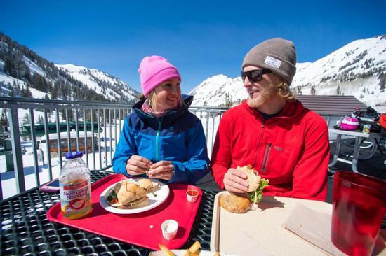 阿尔塔滑雪场(Alta Ski Area) ©Lee Cohen