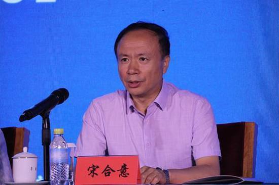 中国文化传媒集团党委副书记、副董事长、总编辑兼《中国文化报》社总编辑宋合意