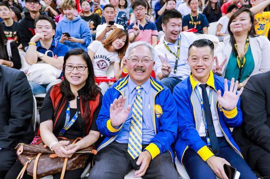 2017年10月,李孟贤市长率旧金山代表团在上海参加金州勇士队活动