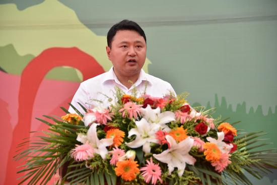 <a href='http://travel.sina.com.cn/abazhou_jiuzhaigou-lvyou/?from=b-keyword' target='_blank'>九寨沟</a>县委副书记、县长陶钢