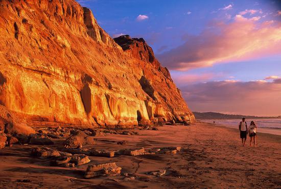 拉霍亚托里松海滩,版权:圣地亚哥旅游局