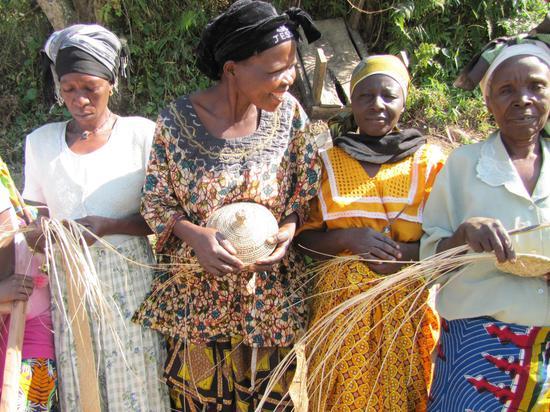 鲁博纳篮子编织协会