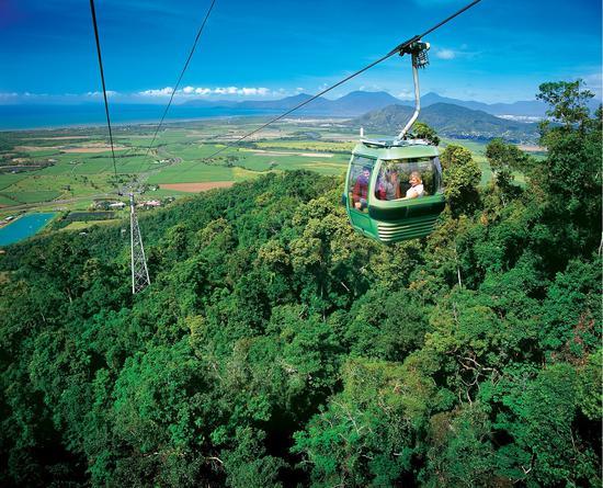 热带雨林空中观光缆车