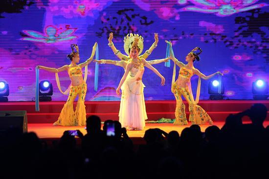 舞蹈《西方三圣》