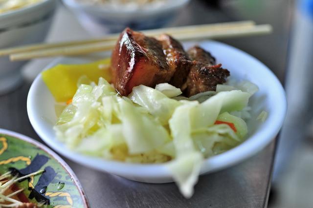 吃一碗心仪的鲁肉饭