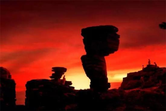 梵净山蘑菇石