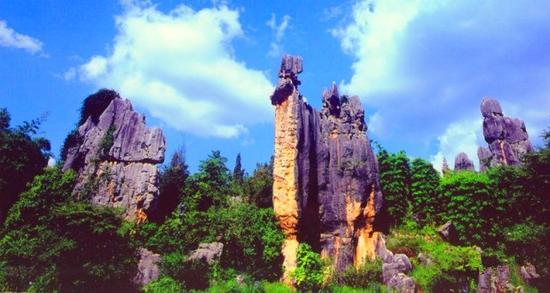 走进石林景区 赏世界著名的喀斯特景观