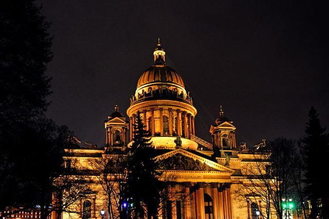 圣彼得堡之夜