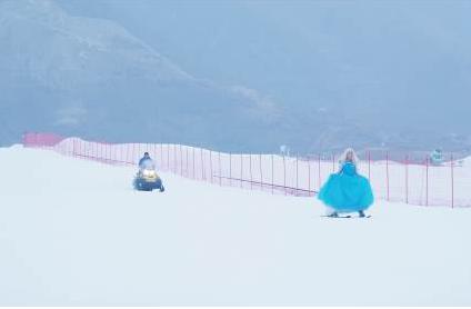 白雪公主雪场表演