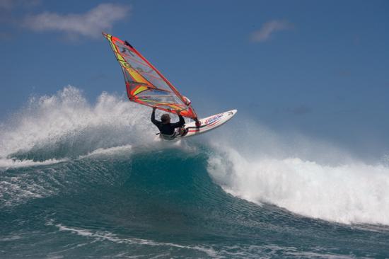 冲浪运动 图片来源:夏威夷旅游局