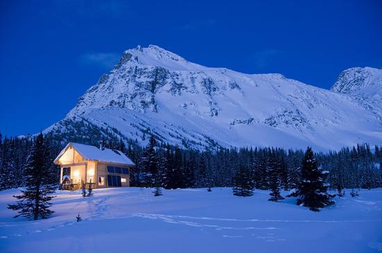 隐匿山谷的时空穿梭 图片来源:加拿大BC省旅游局 摄影师:Canadian Adventure Company