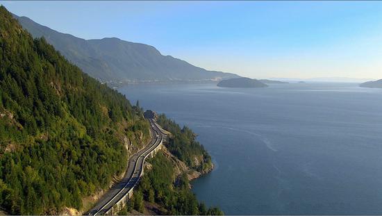 图注:海天高速公路 来源:BC省旅游局