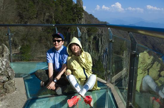 陕西最练胆景区 悬空玻璃栈道+绝壁飞拉达等你来挑战