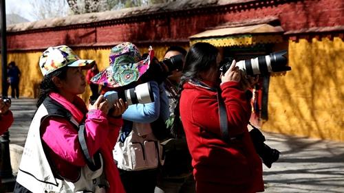 巾帼不让须眉的女摄影家