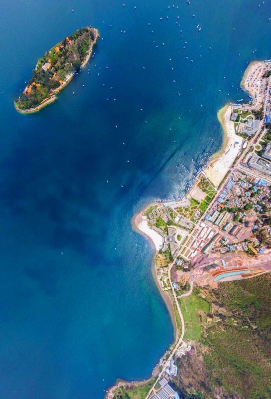 鸟瞰孤山岛(图片来源:玉溪旅发委)